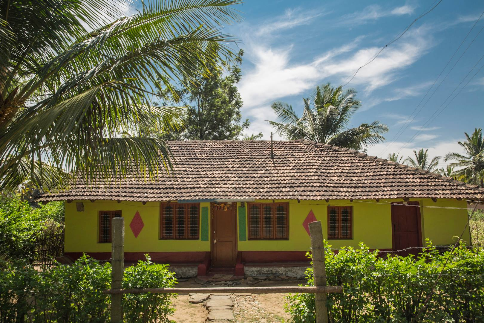 colorful indian traditional house of karnataka - Instamoz Photo sharing