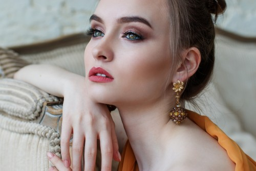 Trendy Golden Earings