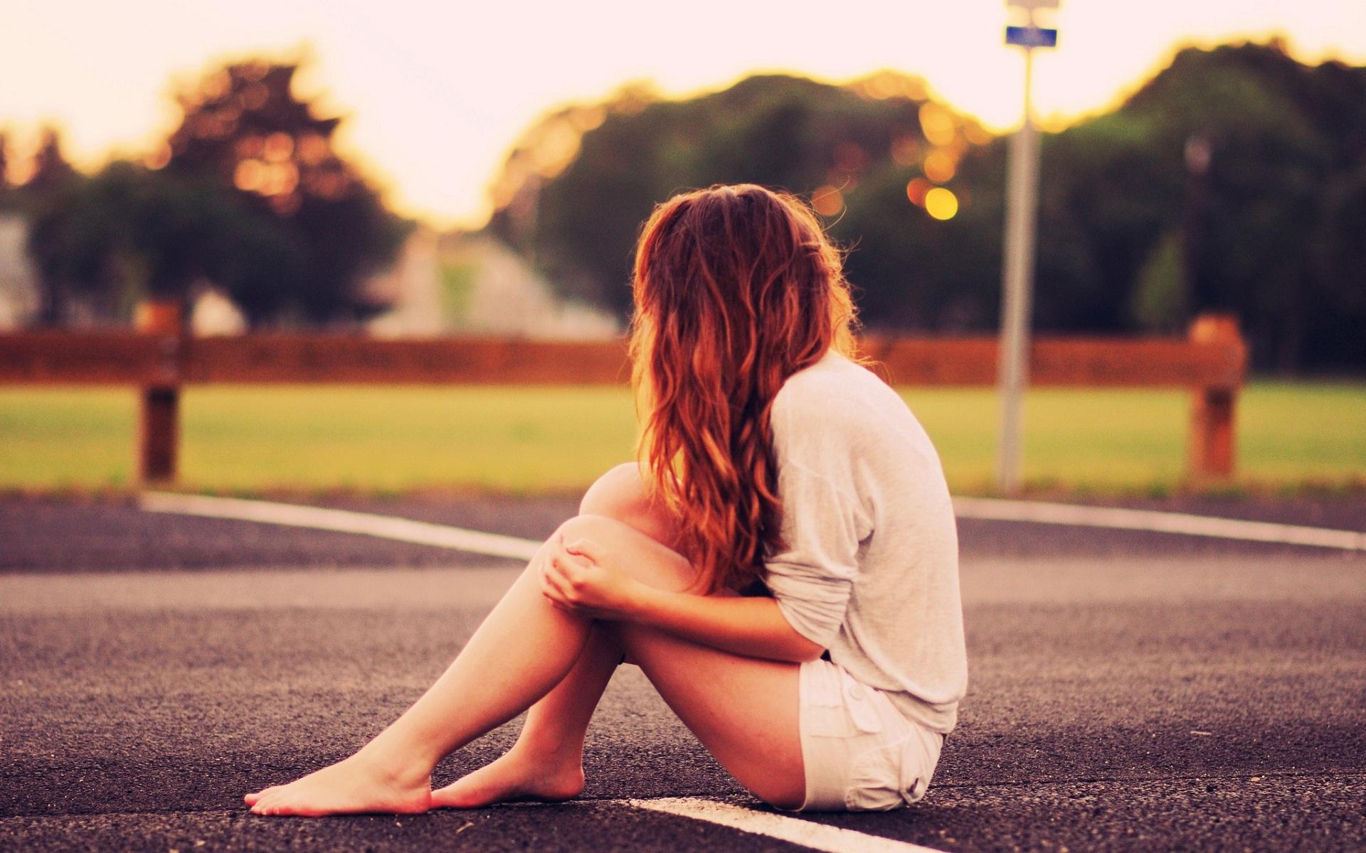 Kết quả hình ảnh cho alone girl