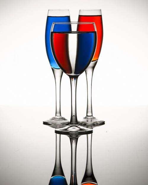 Enjoy drinks with collection of glassware