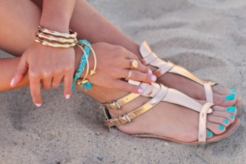 #Fashion #Accessories #Girl #Beach