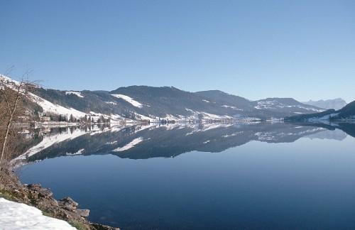 aegeri-lake-switzerland.jpg