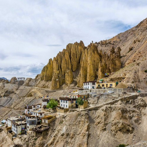Dhankar is a small village in the cold desert of Spiti Valley. Dhang or dang means cliff, and kar or khar means fort.Dhankar was the traditional capital of the Spiti Valley Kingdom during the 17th century and has some features dating back to the 12th century