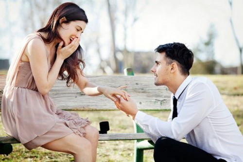 Boy propose a Girl