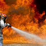firefighters-115800_640
