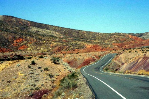 usa-west-road.jpg