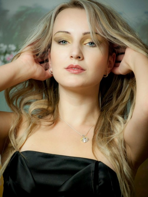 womanpic.jpg